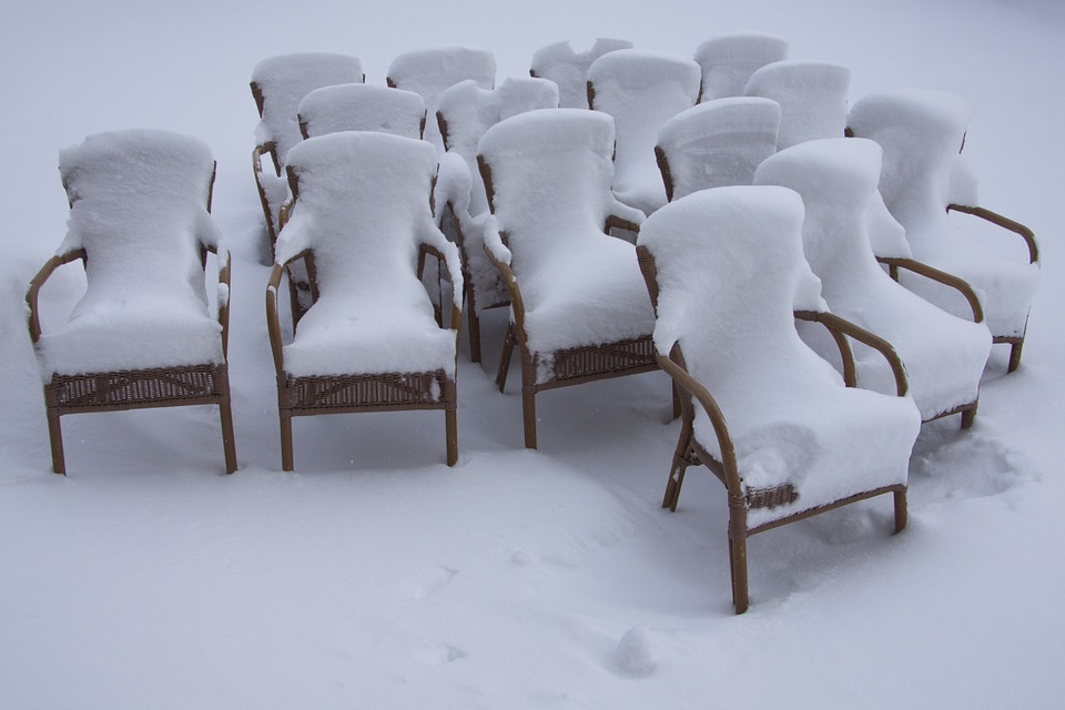 chairs-69339_960_720